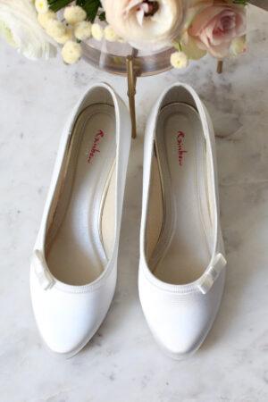 Brautschuhe flache Hochzeitsschuhe Schuhe flach ivory Satinschuh kleiner Absatz Schleife Elsa Coloured Shoes Rainbow Josephine