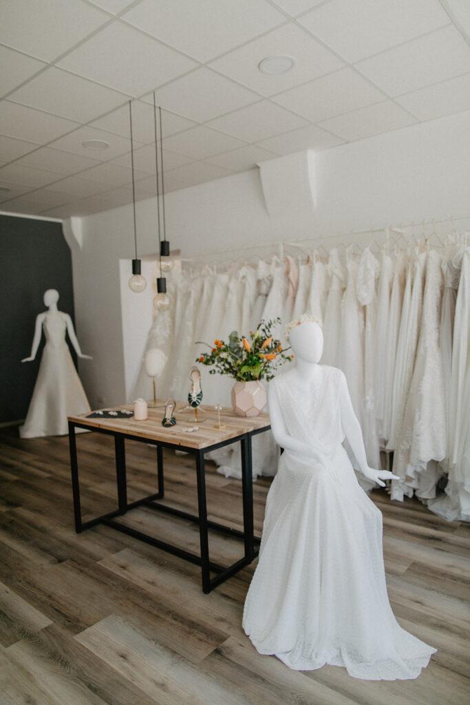 Hochzeitsblume Brautkleidgeschäft